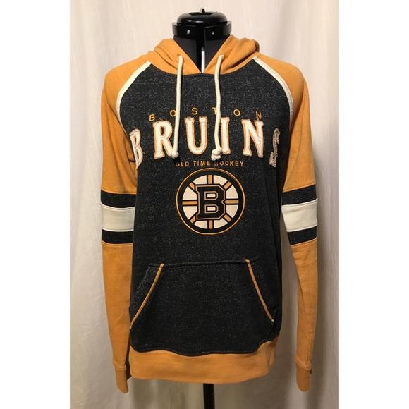 premium selection 33434 d70bd Boston Bruins Old Time Hockey Hoodie